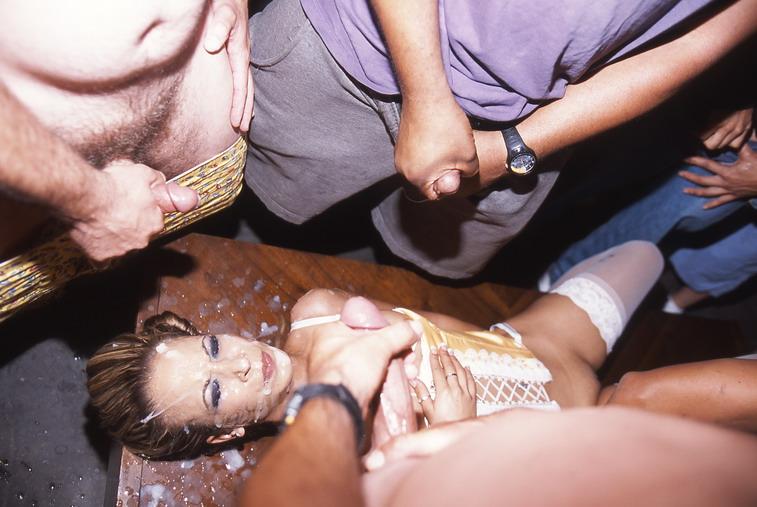 Black women sleeping naked pics