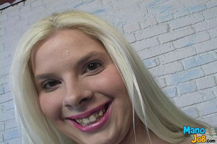 teeth bad star skinny Porn brunette